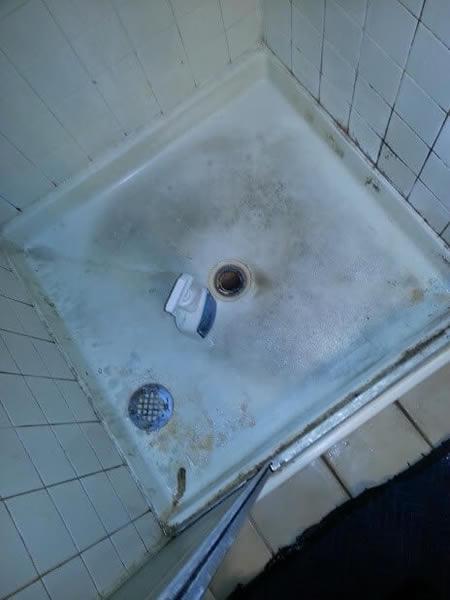 bathroom-restoration-before