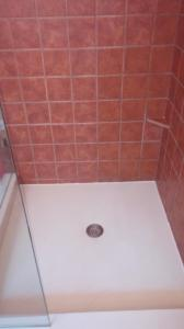 tile grout cleaning caulk clean